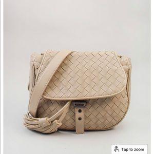 Bottega Veneta intrecciato belt bag (add on chain)